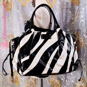 EUC KATE♠️SPADE Baby Zebra Stevie Diaper Pad Bag L